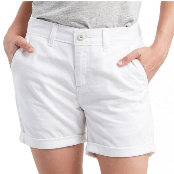 Levi's Pants - Women's Size 16 Levis White Classic Chino Shorts